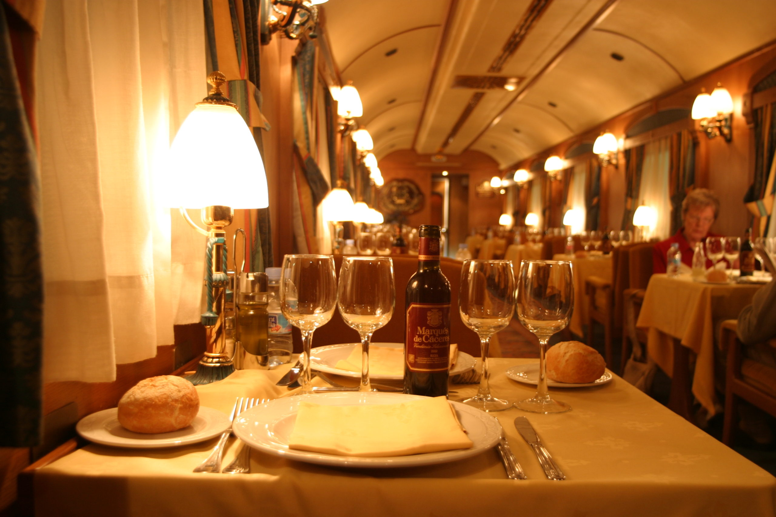 3 Ways to Deliver a Fine Dining Experience at your Restaurant or Cafe